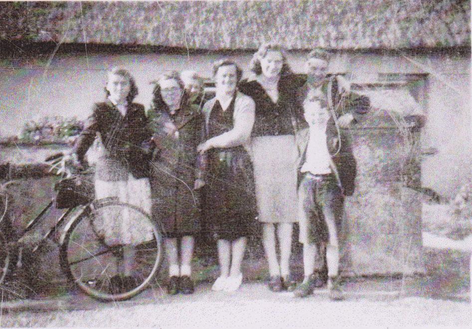 Group at Kinsalebeg Post Office